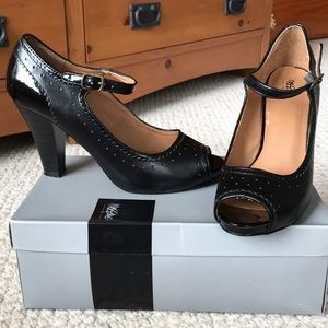 Mossimo Black 9.5 size heels